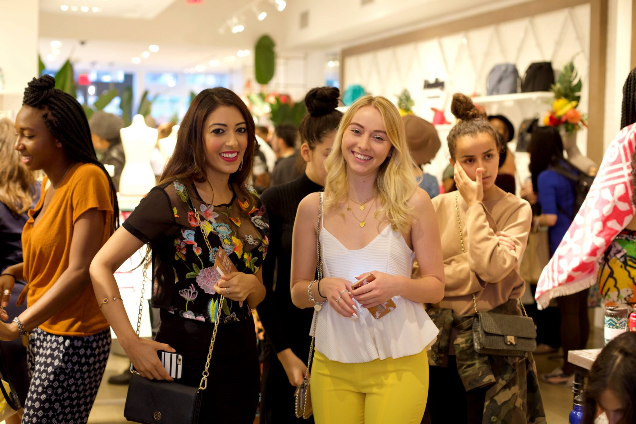 Vivien Gutbrod and friends at Blogger and the Brand Shop